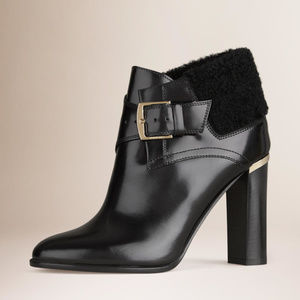 """NWT- Black """"Selena"""" Shearling Leather Ankle Boots"""
